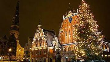 Новогодний карнавал в Балтийском море-842342630