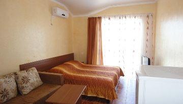 Гостевой дом «Илиадис 1» в пос. Витязево -135480667