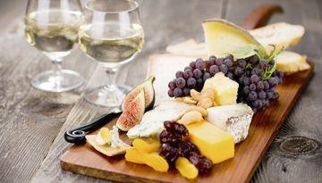 Праздник вина и сыра во Львове-1634587540