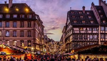 Рождественские ярмарки Европы-965994695